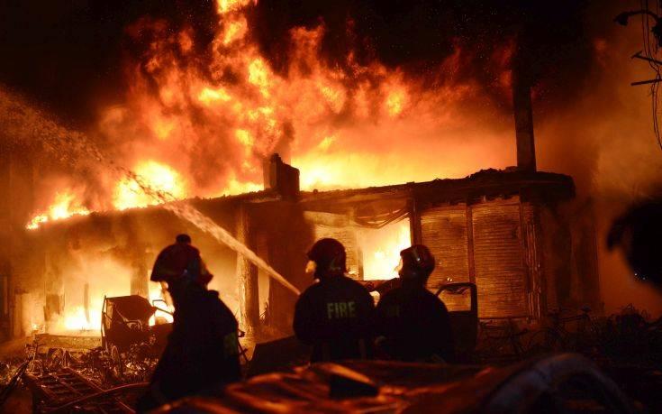 Τραγωδία από πυρκαγιά σε πολυκατοικία στην πρωτεύουσα του Μπανγκλαντές