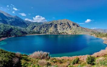 Η πανέμορφη λίμνη της Κρήτης και η νεράιδα που λούζεται στο φεγγαρόφως