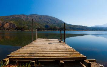 Η λίμνη που «γεννήθηκε» από έναν σεισμό και πήρε το όνομα της από μία Νύμφη