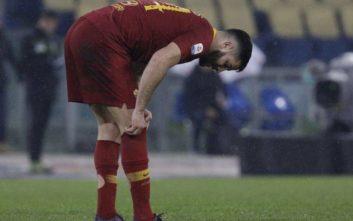 Τραυματίστηκε ο Κώστας Μανωλάς σε ματς της Ρόμα