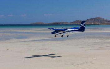 Ένα αεροδρόμιο όπου τα αεροπλάνα προσγειώνονται στην… αμμουδιά