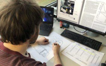 Ο Έλληνας φοιτητής του Πολυτεχνείου που σχεδιάζει... σπίτια στη Σελήνη