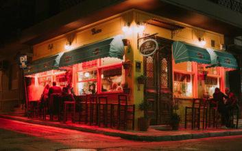 Μικροσκοπικά μπαρ στο κέντρο για παρεΐστικο ποτό