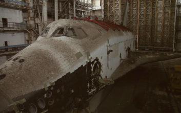 Μπήκε στα χαλάσματα και βρήκε… σοβιετικό διαστημόπλοιο