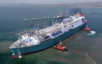 Το μεγαλύτερο LNG FSRU στον κόσμο λειτουργεί στην Τουρκία