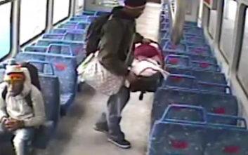 Άφησε το μωρό στο τρένο, βγήκε να καπνίσει και τη συνέχεια θα έπρεπε να την περιμένει