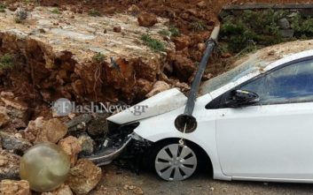 Νέες κατολισθήσεις στα Χανιά, αυτοκίνητα θάφτηκαν κάτω από πέτρες