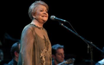 Μαίρη Λίντα: Το μόνο που λείπει από τη ζωή μου είναι ο Χιώτης