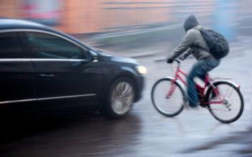 Φορτηγό παρέσυρε και σκότωσε 21χρονο ποδηλάτη