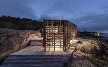 Ένα νησιώτικο σπίτι που κόβει την ανάσα
