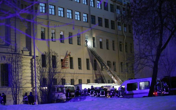 Καμία αναφορά για θύματα από την κατάρρευση κτιρίου στην Αγία Πετρούπολη