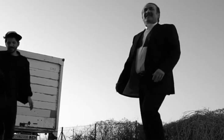 Βίντεο από τα γυρίσματα του τρέιλερ της νέας εκπομπής του Λαζόπουλου