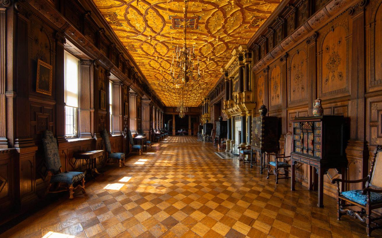 Μπείτε στο παλάτι που γυρίστηκε η «Ευνοούμενη» του Λάνθιμου