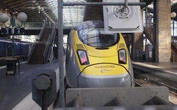 Η Eurostar αναστέλλει τα δρομολόγια των τρένων της από και προς τη Βρετανία