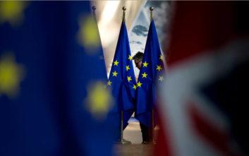 Tο Brexit προβληματίζει τους εξαγωγείς