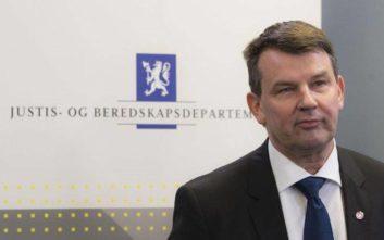 Παραιτήθηκε ο υπ. Δικαιοσύνης της Νορβηγίας εξαιτίας της… μυθομανούς συντρόφου του