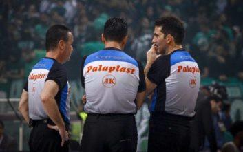 Με αποχή απειλούν οι Έλληνες διαιτητές μπάσκετ αν σφυρίξουν ξένοι