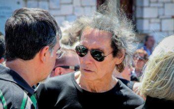 Συγκινεί ο γιος του Φαίδωνα Γεωργίτση: Δεν σε αποχαιρετώ γιατί σε έχω πάντα μαζί μου