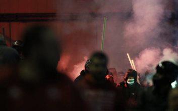 Σκηνικό τρόμου έστησαν χούλιγκαν στην Αθήνα