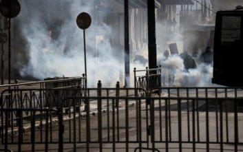 Συνεχίζονται τα γυρίσματα ταινίας στην πλατεία Συντάγματος