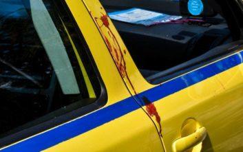 Ο οδηγός ταξί εξηγεί γιατί είπε «βγείτε έξω» στην αιμόφυρτη γυναίκα στη Βουλιαγμένης