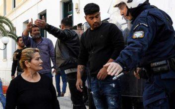 Βίντεο από τις συμπλοκές έξω από το Δικαστικό Μέγαρο της Κορίνθου