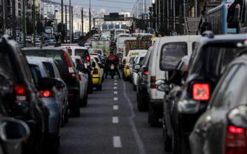 Κυκλοφοριακό κομφούζιο λόγω της επικίνδυνης πινακίδας στη Συγγρού