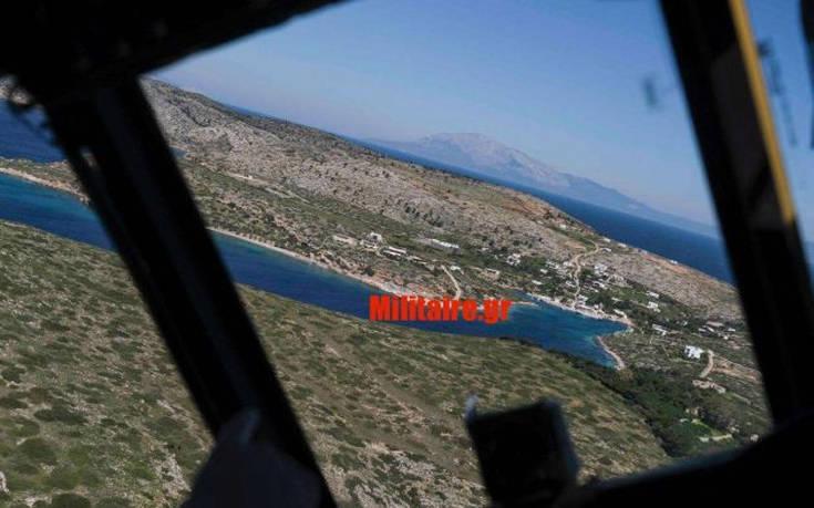 Φωτογραφίες από το σινούκ που μετέφερε τον Τσίπρα στο Αγαθονήσι και αναχαιτίστηκε
