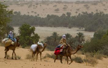 Το Τσαντ κλείνει τα σύνορα με τη Λιβύη λόγω ανταρτών και... χρυσοθήρων