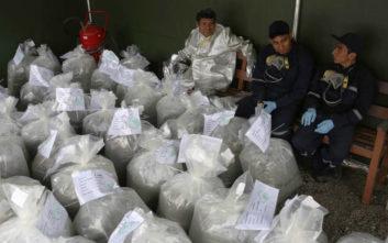 Κατασχέθηκαν στο Περού δύο τόνοι κοκαΐνης που προορίζονταν για τις ΗΠΑ