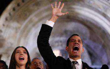 Ο Γκουαϊδό ζητά από την Ευρώπη να ενισχύσει τις κυρώσεις κατά της κυβέρνησης Μαδούρο