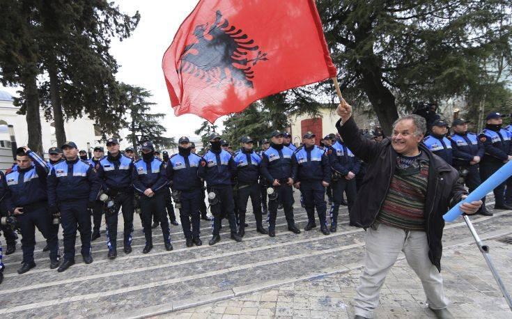 Άλβανία: Άγνωστο ακόμα αν τελικά στηθούν κάλπες στις 30 Ιουνίου
