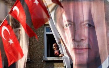 Γιατί αποφεύγουν την Τουρκία και οι ριψοκίνδυνοι επενδυτές