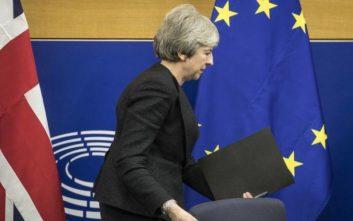 Λευκός καπνός από την Μέι για νέα συμφωνία σχετικά με το Brexit