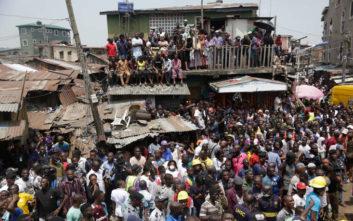 Πολύνεκρη τραγωδία από κατάρρευση σχολείου στη Νιγηρία
