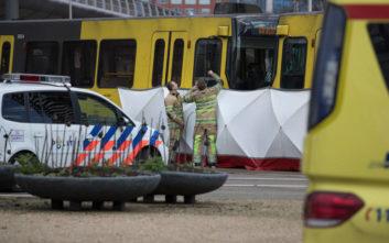 Σε συναγερμό η Ολλανδία μετά τα πυρά σε τραμ κατά επιβατών στην Ουτρέχτη