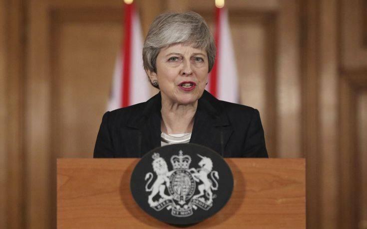 Μέι: δεν θα καθυστερήσω το Brexit πέραν της 30ής Ιουνίου