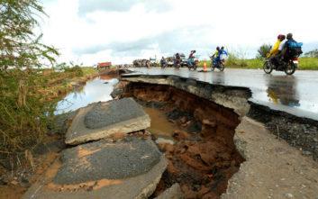 Μοζαμβίκη και Ζιμπάμπουε μετρούν τις πληγές τους από τον τυφώνα Ιντάι
