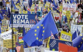 Δεν εγκαταλείπουν την ιδέα του δεύτερου δημοψηφίσματος για το Brexit οι Εργατικοί