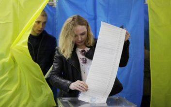 Χωρίς προβλήματα συνεχίζεται η εκλογική διαδικασία στην Ουκρανία