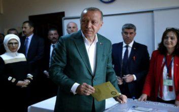 Θρίλερ με την κατάμετρηση των ψήφων στην Κωνσταντινούπολη