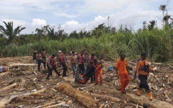 Δύο νεκροί από κατολίσθηση μετά από σεισμό στην Ινδονησία