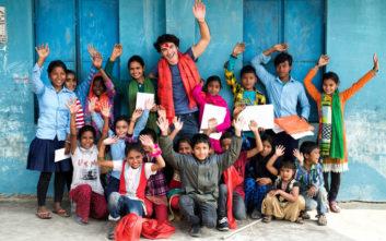 «Ένας Κόσμος»,η - χωρίς σενάριο - ταινία του Χριστόφορου Παπακαλιάτη για την ActionAid