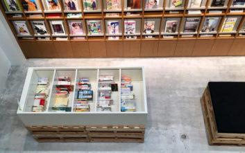 Το βιβλιοπωλείο που χρεώνει είσοδο 12 ευρώ