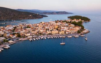 Η πανέμορφη «πόλη-νησί» της Πελοποννήσου