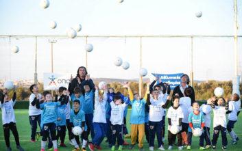Θωμάς Μαύρος και Τάσος Μητρόπουλος κοντά στα παιδιά των Αθλητικών Ακαδημιών ΟΠΑΠ