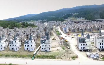 Το σχέδιο των 200 εκατ. δολαρίων στην Τουρκία με τα εκατοντάδες μισοτελειωμένα κάστρα
