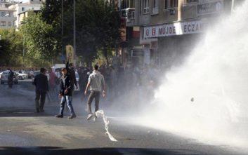 Επεισόδια στο Ντιγιάρμπακιρ μετά από αυτοκτονία Κούρδου κρατούμενου