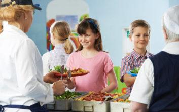 Η χώρα που περιορίζει το κρέας στα σχολικά γεύματα
