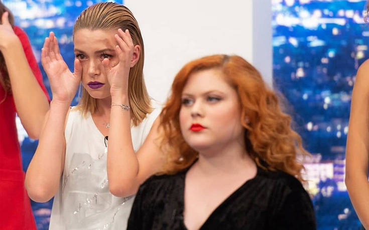 Η Ξανθούλα του Greece's Next Top Model ποζάρει με διαφορετικό λουκ
